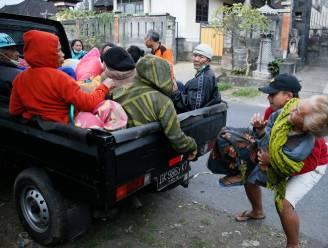 Tienduizenden mensen willen niet evacueren terwijl grootste vulkaan op Bali elk ogenblik kan uitbarsten