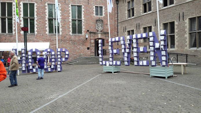 Het tafereel LEVEN HOOP voor de SamenLoop voor Hoop in Middelburg