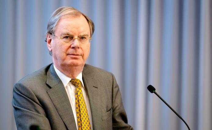 Oud-ondernemersvoorman Bernard Wientjes komt als 'speciaal adviseur' met plannen om Zeeland te compenseren voor het schrappen van de marinierskazerne in Vlissingen.
