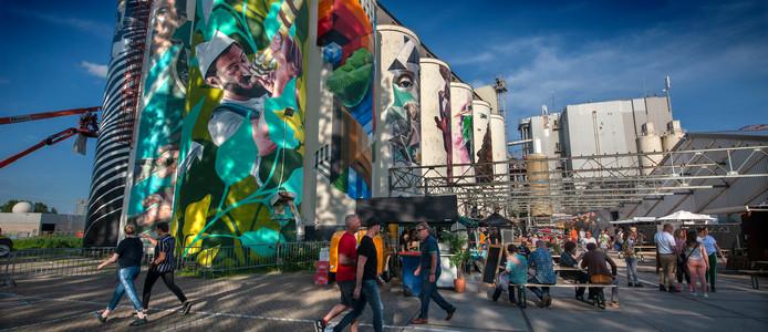 Het festivalterrein van Kings of Colors op de Tramkade in Den Bosch.