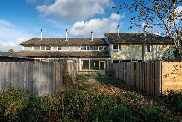 Deze woning aan de Derde Haren moet een inloopwoning worden voor de renovatie en mogelijke sloop van woningen in de wijk.