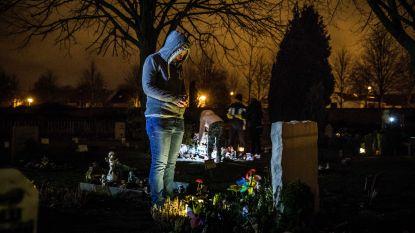 Stad herdenkt overleden kinderen met lichtstoet