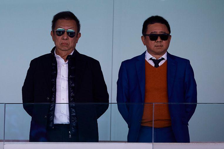 Peter Lim (links), de eigenaar van Valencia. Beeld NurPhoto via Getty Images