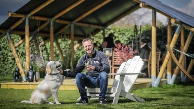 """Victor (50) lanceert safaritenten voor vakantie in eigen tuin: """"Ook in vreemde tijden is het belangrijk om te genieten"""""""