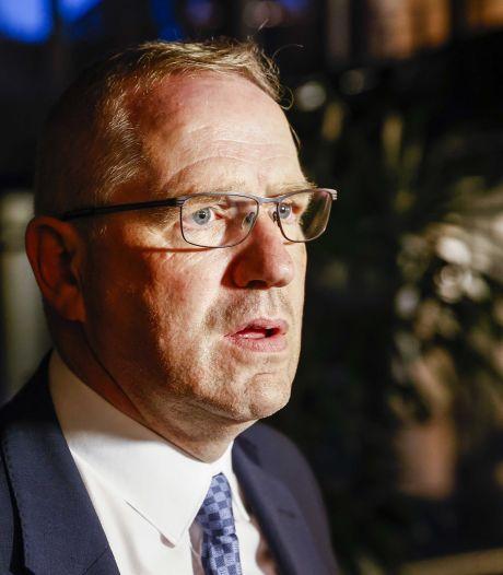Wethouder Urk opgestapt na drugsarrestatie zoon: 'Je wordt er moedeloos en depressief van'