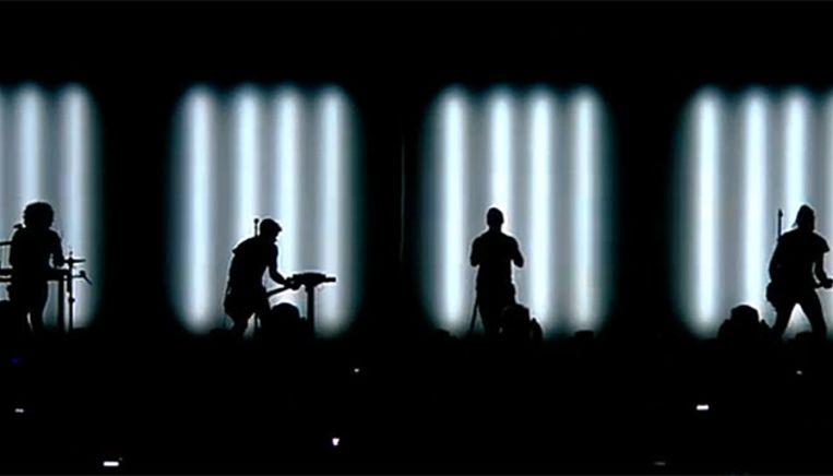 Indrukwekkende licht- en visualshow bij Nine Inch Nails. Beeld Videostill
