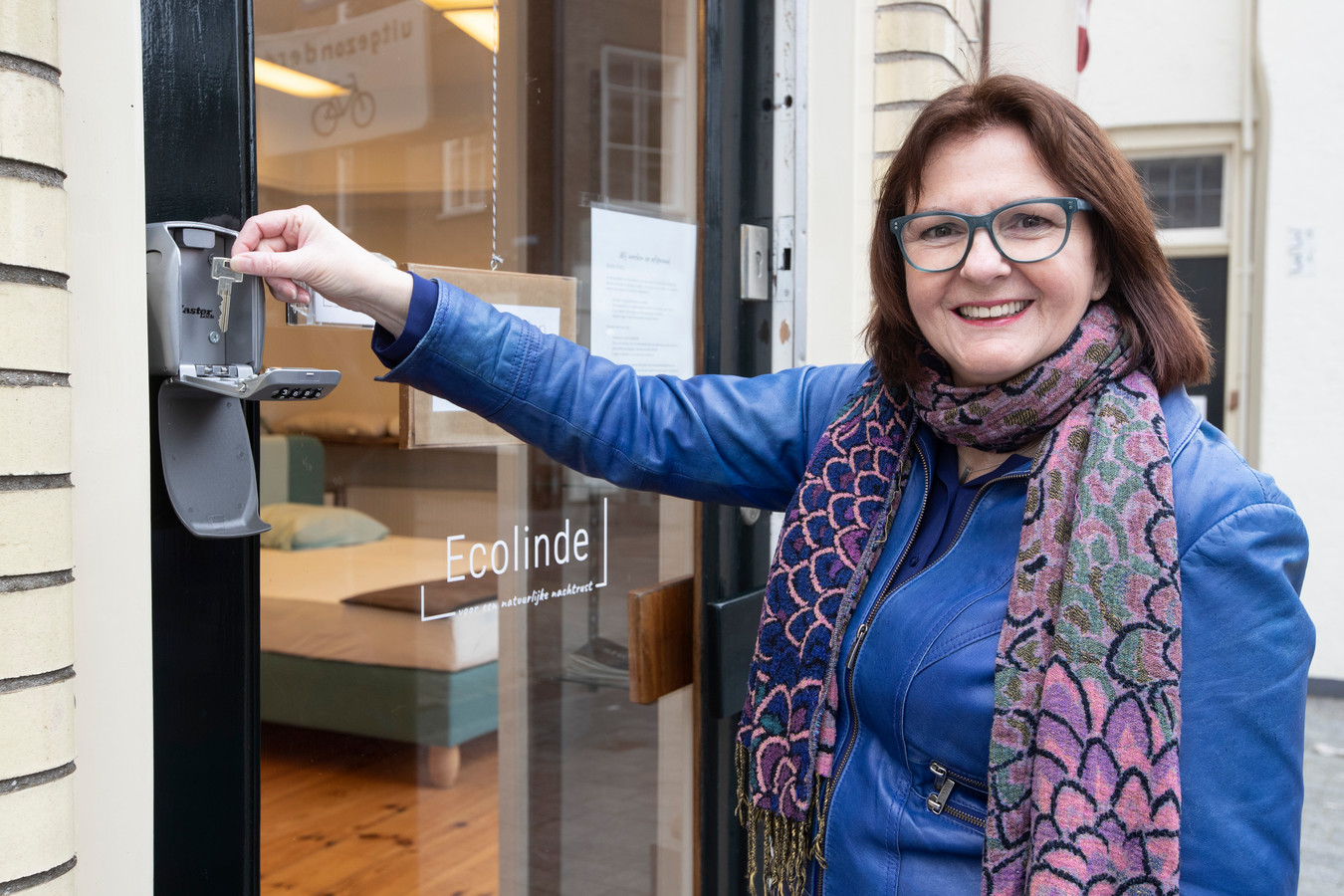 Via een code van het sleutelkastje kunnen klanten zelf de winkel van Irene Rutjes in.