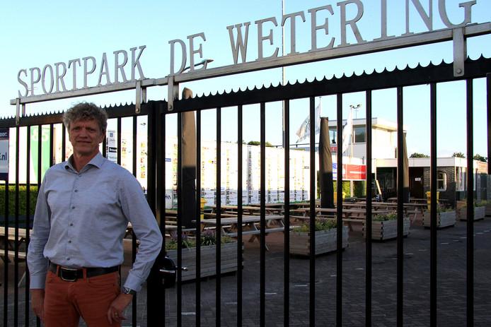 Luuk Drost wil de nieuwe voorzitter van SC Genemuiden worden.
