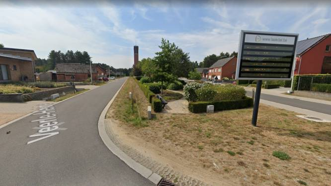 Verkeershinder in Veerle-Heide door passage van Baloise Belgium Tour