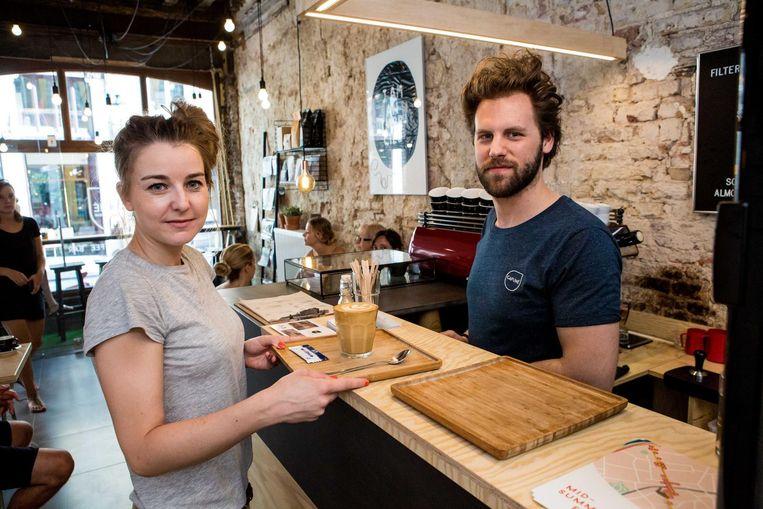 Maaike Janssens en Elliot Szechtman van Cafuné Espresso Bar.