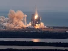 SpaceX lance sa capsule Dragon vers la Station spatiale internationale