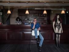 Seksclubs weer open maar buitenlandse meiden zijn er niet: 'Fruitboer heeft ook geen volk'