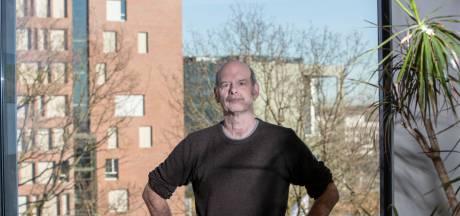 John van der Oost kan veel goeds doen met knippen en plakken van DNA, maar hij mag het niet