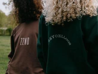 Rapper Rian Snoeks dropt outfits uit videoclip 'GEVOELLOOS' samen met Twenty Second Vintage