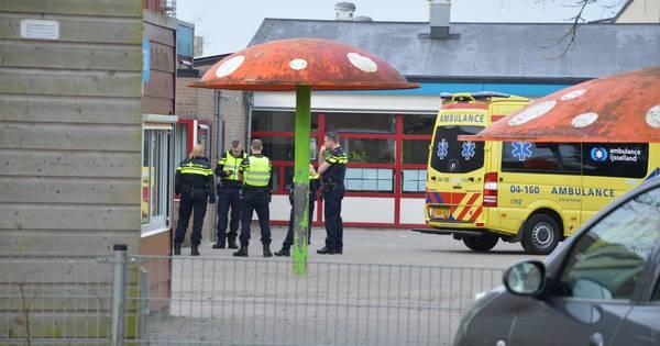 Meisje overleden na ongeluk bij kindcentrum in Steenwijk.