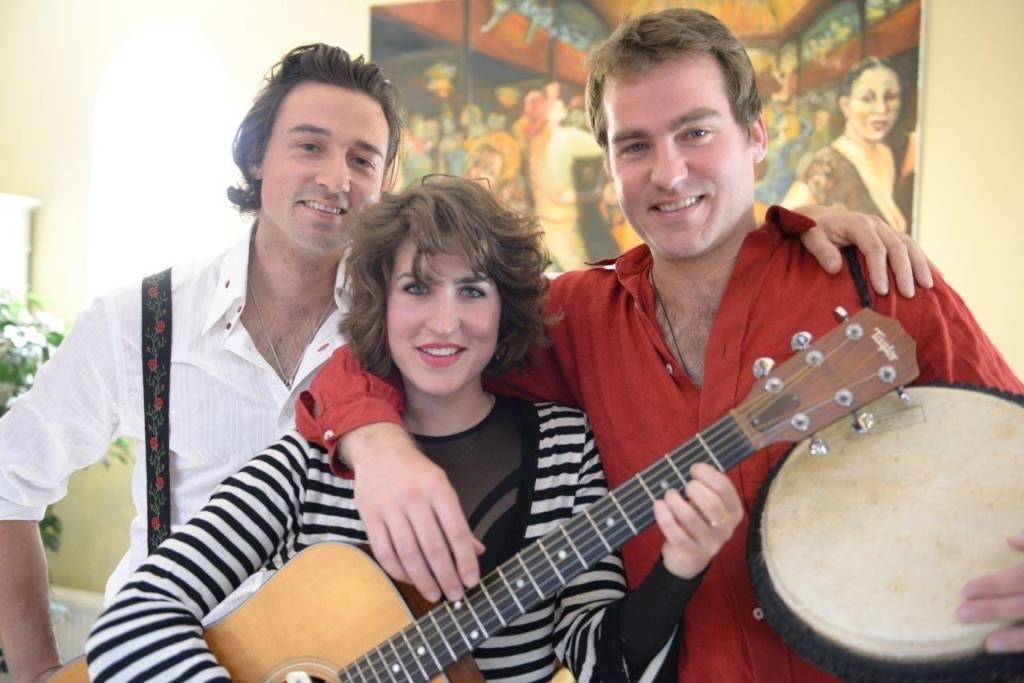 Misha, Sarah en David Blom: samen het trio Antonia. Foto: DG
