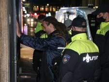 Willem Engel (Viruswaarheid) voor rechter vanwege opruiing: 'Misschien moeten we agenten onder burgerarrest gaan stellen'