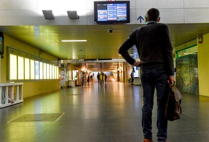 De gang onder het station van Leuven.