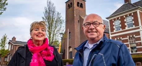 Kerkklok in Woensdrecht staat nog maanden stil op half 6: 'Zo zonde, het haalt de ziel uit ons dorp'