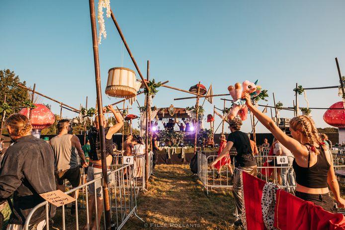 Vorig jaar organiseerde Thé Dansant al verschillende coronaveilige dansfeestjes, onder meer hier in Hoeleden.