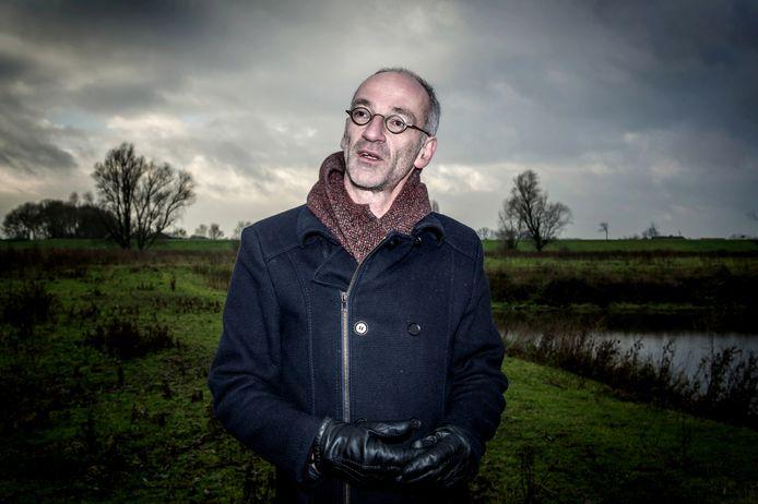 Bioloog William van den Akker van Het Dijkmagazijn in Beuningen.
