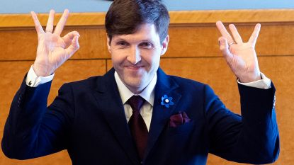 Opschudding om verdacht White Power-handgebaar van kersverse kabinetsleden Estland