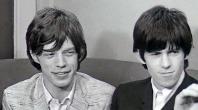 Een nog piepjonge Mick Jagger en Keith Richards. Videostill