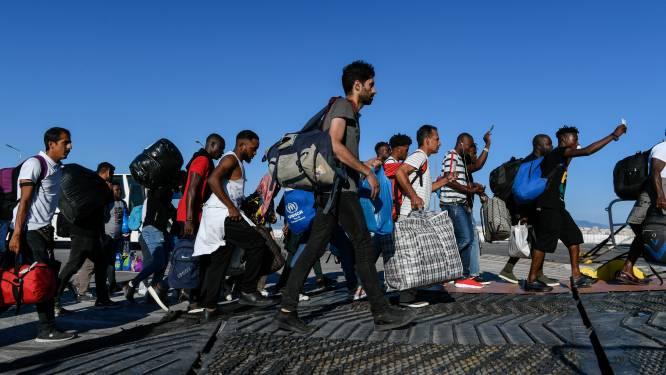 """Griekenland beleeft """"ergste periode"""" op migratievlak sinds 2016 en wil tegen eind 2020 zo'n 10.000 migranten naar Turkije terugsturen"""