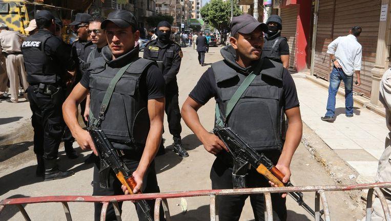 Twee Egyptische agenten. Beeld epa