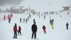 IN KAART: Zo veel kost een skipas je komend winterseizoen