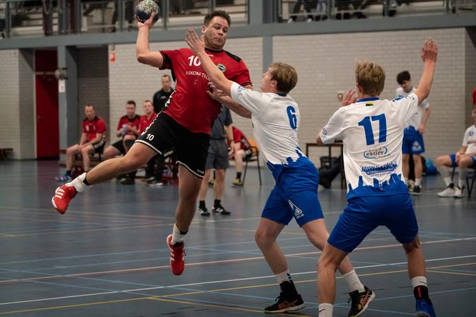 Robbert van Oel haalt uit voor Reehorst tegen Hellas 2.