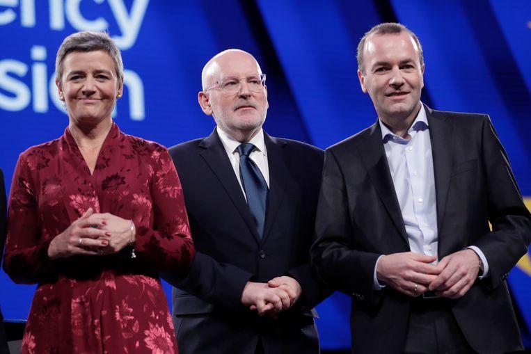 De liberaal Margrethe Vestager, de sociaal-democraat Frans Timmermans en de christendemocraat Manfred Weber waren in mei nog de Spitzenkandidaten. Beeld EPA