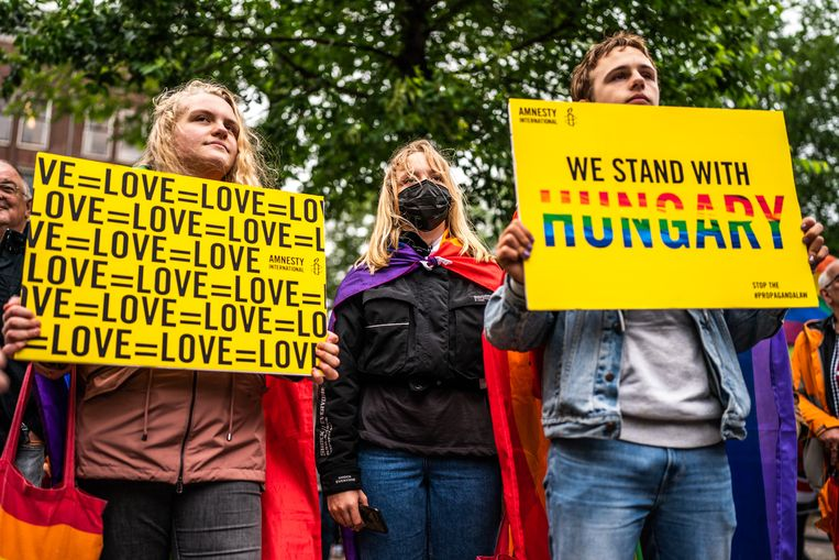 De nieuwe Hongaarse anti-lgtbq-wet lokt veel reactie uit in andere Europese landen. Beeld Joris van Gennip