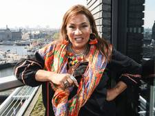 Patty promoot 'Patty sexy correctie' en de Oerlemansjes in Sinterklaassferen