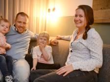 26.000 euro overbieden op een huis is nóg niet genoeg, Janneke probeert het nu op deze manier