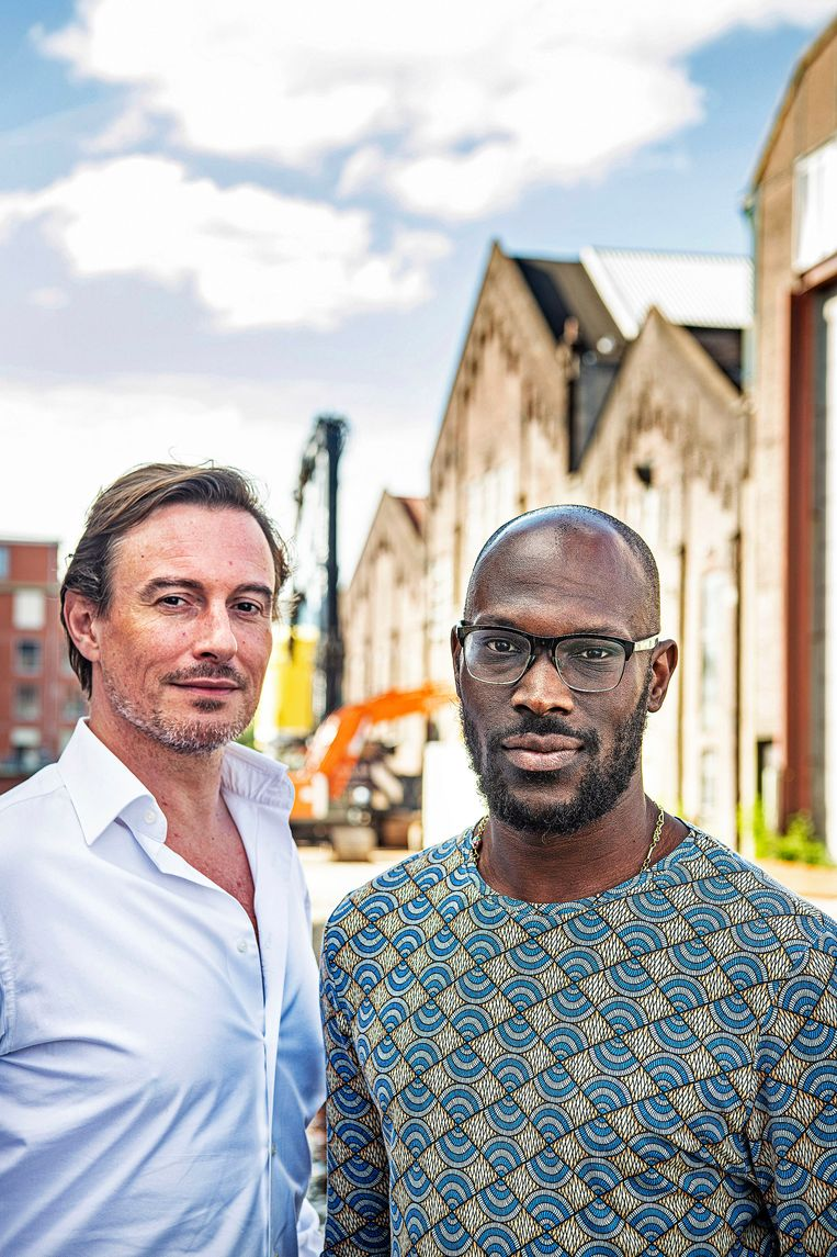 Vincent Verkoelen en Mitchell Esajas. Beeld Guus Dubbelman / de Volkskrant