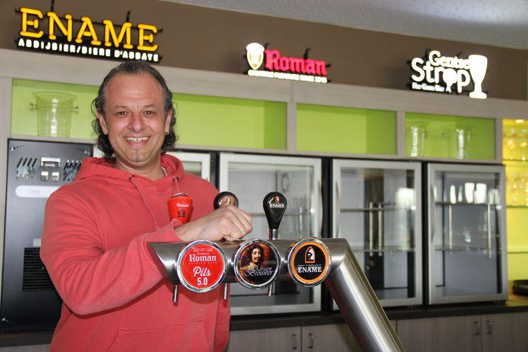 Sacha Lachkar is de nieuwe uitbater van de cafetaria in sporthal De Ruffel.