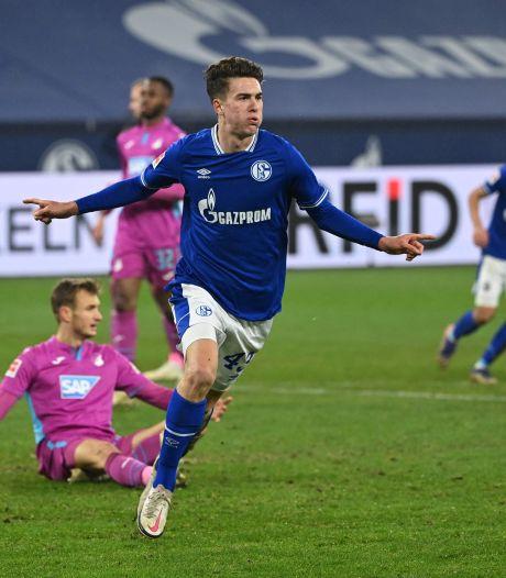 Jonge Amerikaan bezorgt Schalke na 358 dagen weer zege, puntenverlies voor Bosz