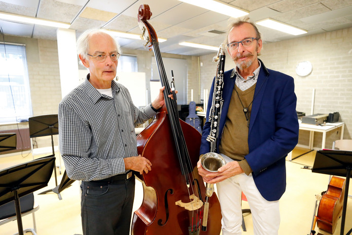 Toon Kessels (l) en John Thomas richtten het ensemble CoMA Eindhoven op.