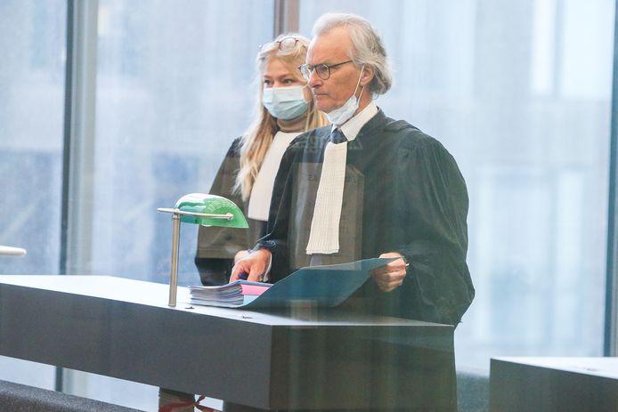 Hans Rieder vertegenwoordigt Jeff Hoeyberghs voor de correctionele rechtbank.
