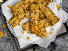 Wat Eten We Vandaag: Mueslirepen met abrikozen en pompoenpitjes