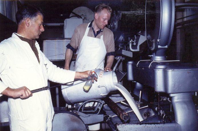 In de Zuidlandse melkfabriek werd lange tijd volop productie gedraaid.