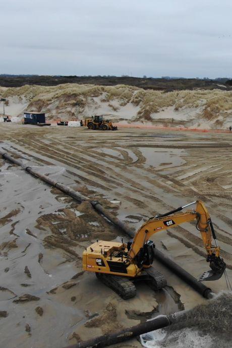 Zand, zand en nog eens zand: door 1,1 miljoen kubieke meter zand is Ouddorp weer beschermd tegen de zee