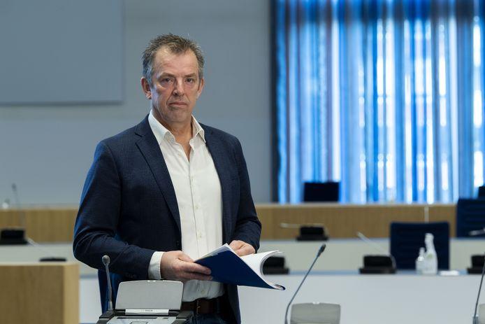 Arjan de Vries en de PvdA willen ervoor zorgen dat de gemeente sneller en beter informatie gaat verstrekken, als daar bijvoorbeeld middels een Wob-verzoek om gevraagd wordt.
