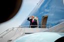 Le président Donald Trump embarquant à bord de l'Air Force One, pour un voyage vers Washington, le 30 mai.