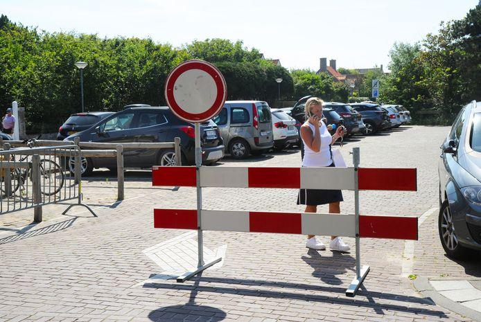 Parkeerterreinen waren afgesloten in Domburg.