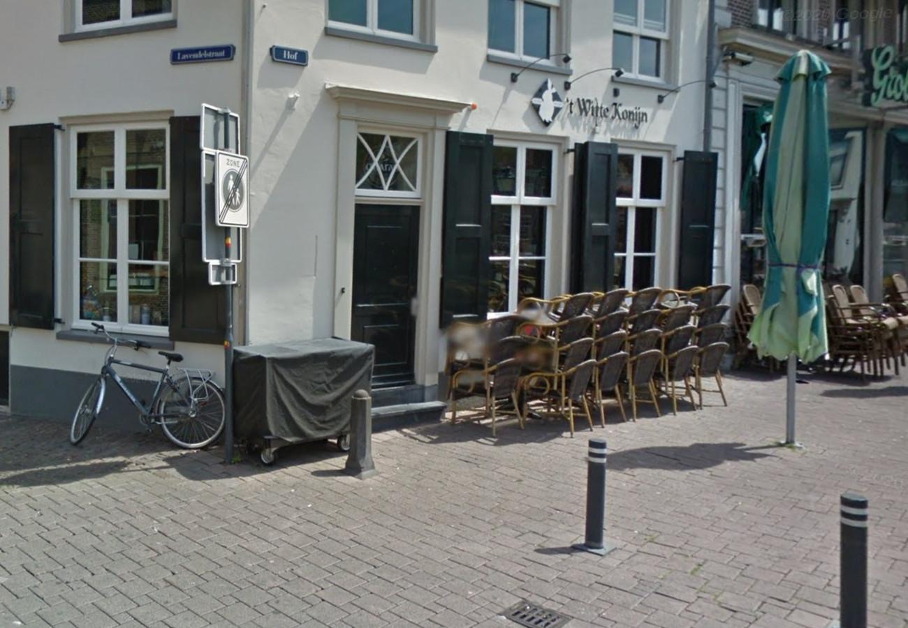 't Witte Konijn verdwijnt van de Hof in Amersfoort.