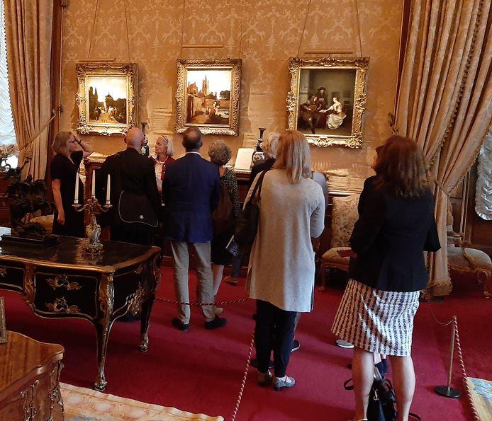 In Waddesdon Manor hangen beroemde schilderijen van De Hooch, die straks weer in Delft zijn te zien.