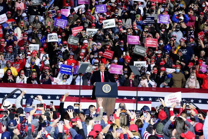 President Trump op een verkiezingsrally in de strijdstaat Pennsylvania.