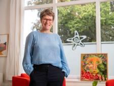 GGZ-directeur heeft haar twijfels over vaccinatiebeleid: 'Gevoel van onrecht maakt me rebels'